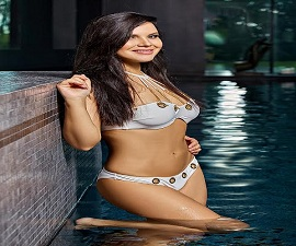 Avni Mehra Housewife Independent Varanasi  Escort Service